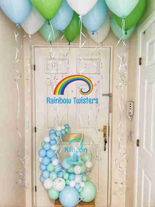 Balloon Hug by Rainbow Twisters Glasgow Balloon Company